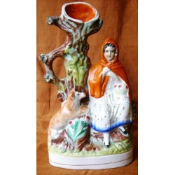 Staffordshire Pottery Red Riding Hood spillvase